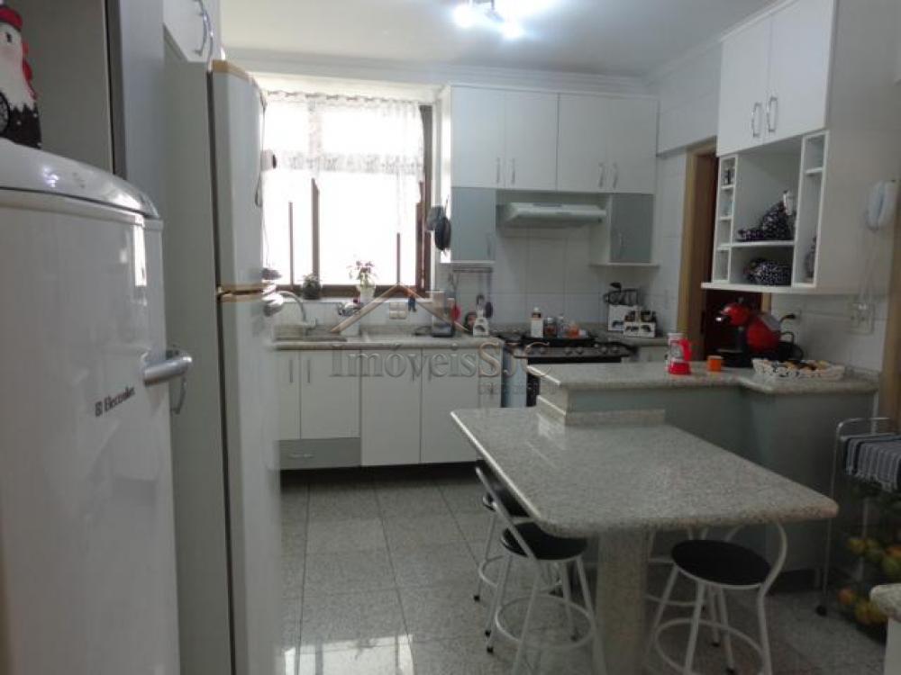 Comprar Apartamentos / Padrão em São José dos Campos apenas R$ 720.000,00 - Foto 3