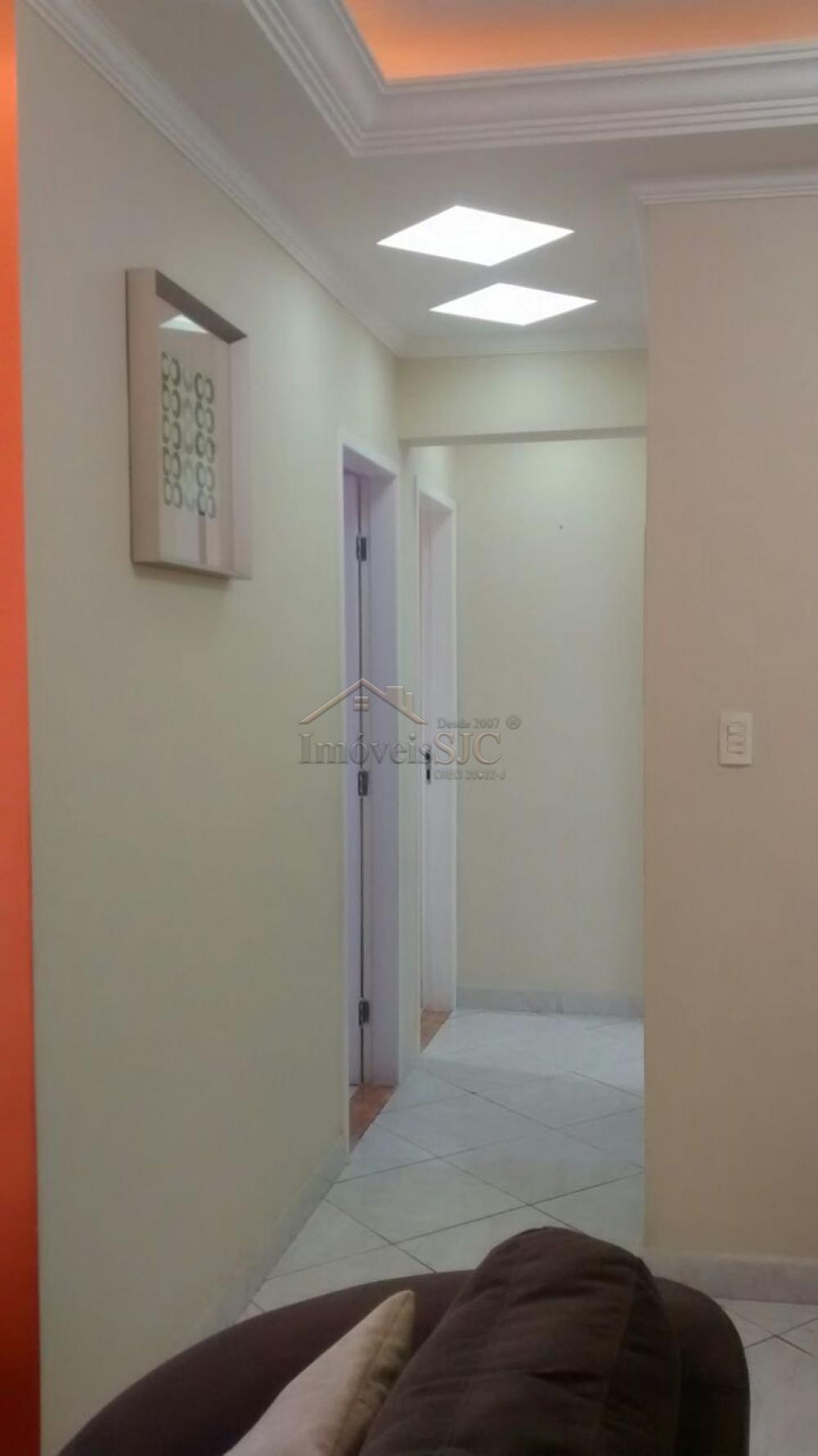 Comprar Apartamentos / Padrão em São José dos Campos apenas R$ 310.000,00 - Foto 1