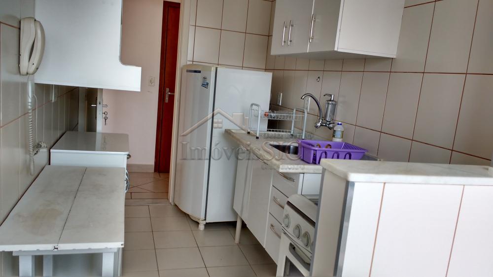 Comprar Apartamentos / Padrão em São José dos Campos apenas R$ 200.000,00 - Foto 17
