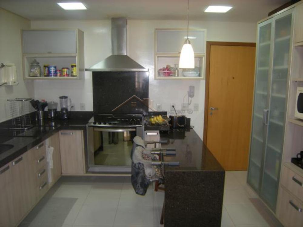 Comprar Apartamentos / Padrão em São José dos Campos apenas R$ 900.000,00 - Foto 4
