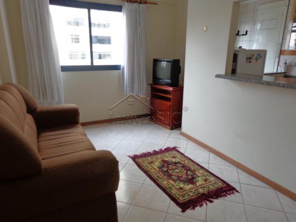Comprar Apartamentos / Padrão em São José dos Campos apenas R$ 230.000,00 - Foto 1