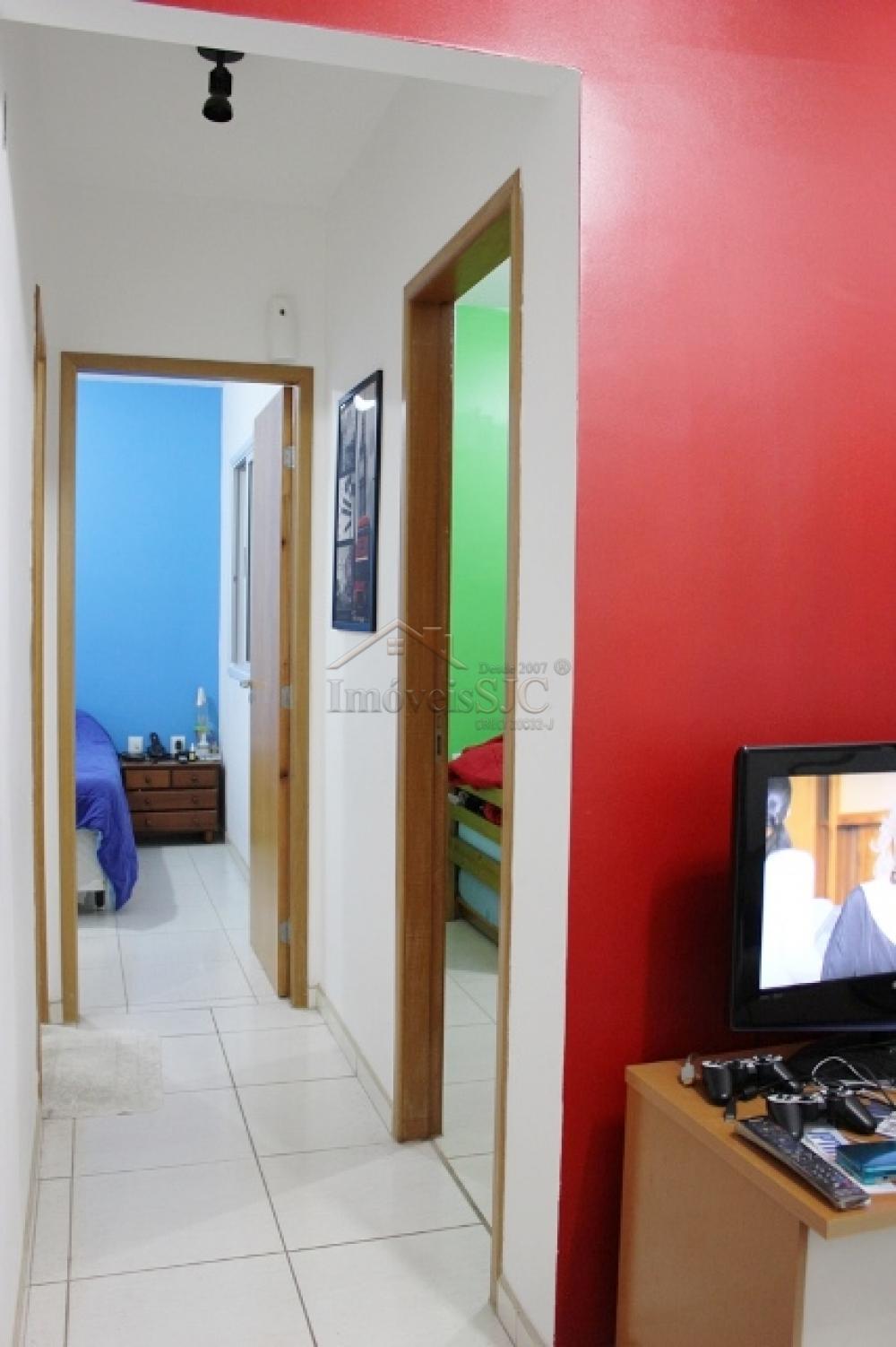 Comprar Apartamentos / Padrão em São José dos Campos apenas R$ 200.000,00 - Foto 5