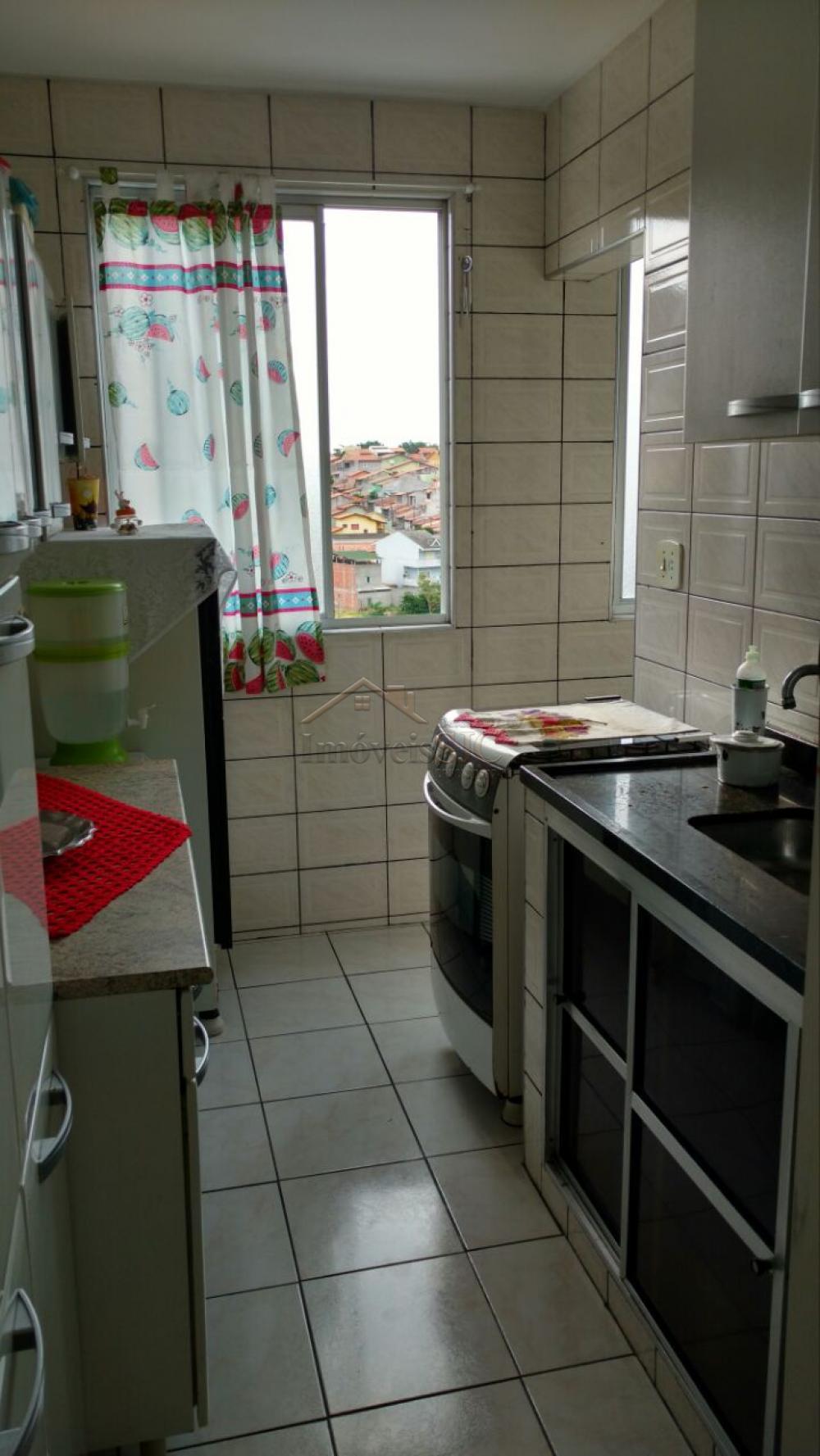 Comprar Apartamentos / Padrão em São José dos Campos apenas R$ 170.000,00 - Foto 4