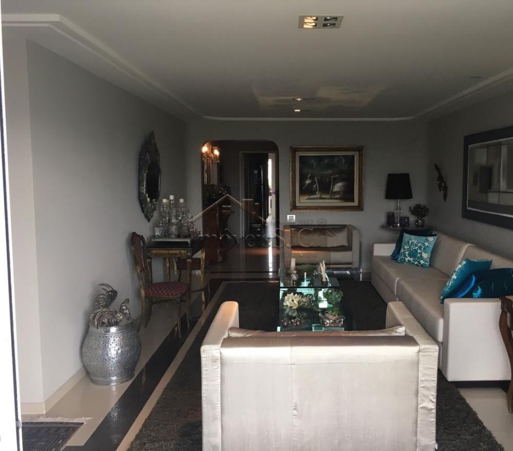 Comprar Apartamentos / Padrão em São José dos Campos apenas R$ 965.000,00 - Foto 4