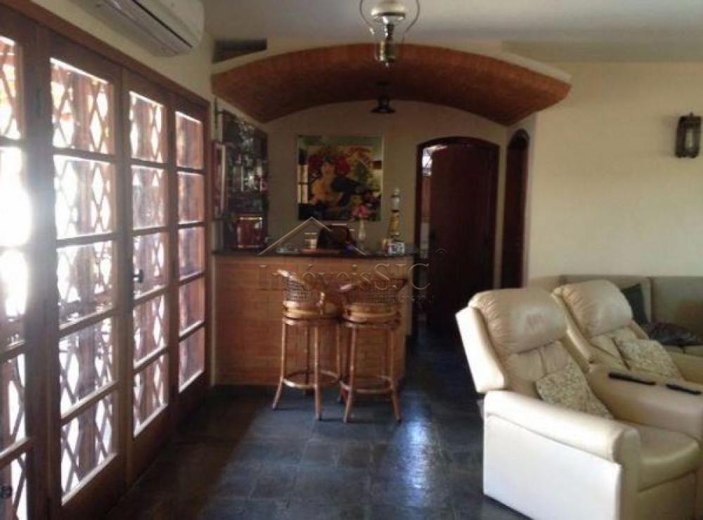 Comprar Casas / Padrão em São José dos Campos apenas R$ 1.460.000,00 - Foto 4