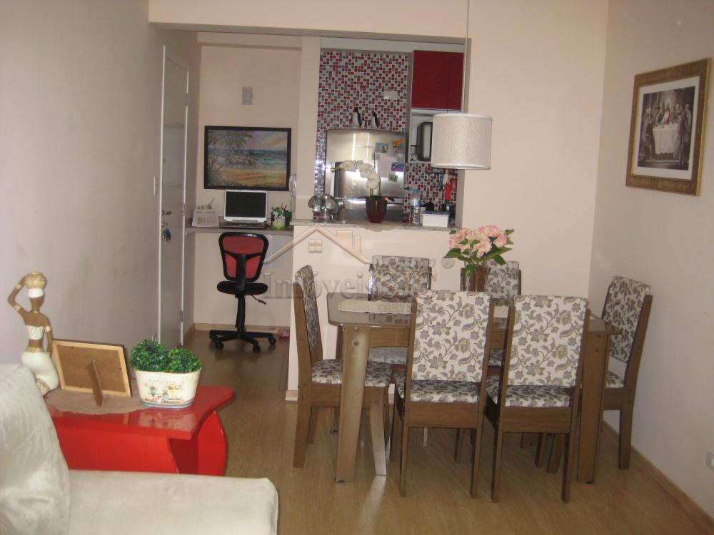 Comprar Apartamentos / Padrão em São José dos Campos apenas R$ 290.000,00 - Foto 3