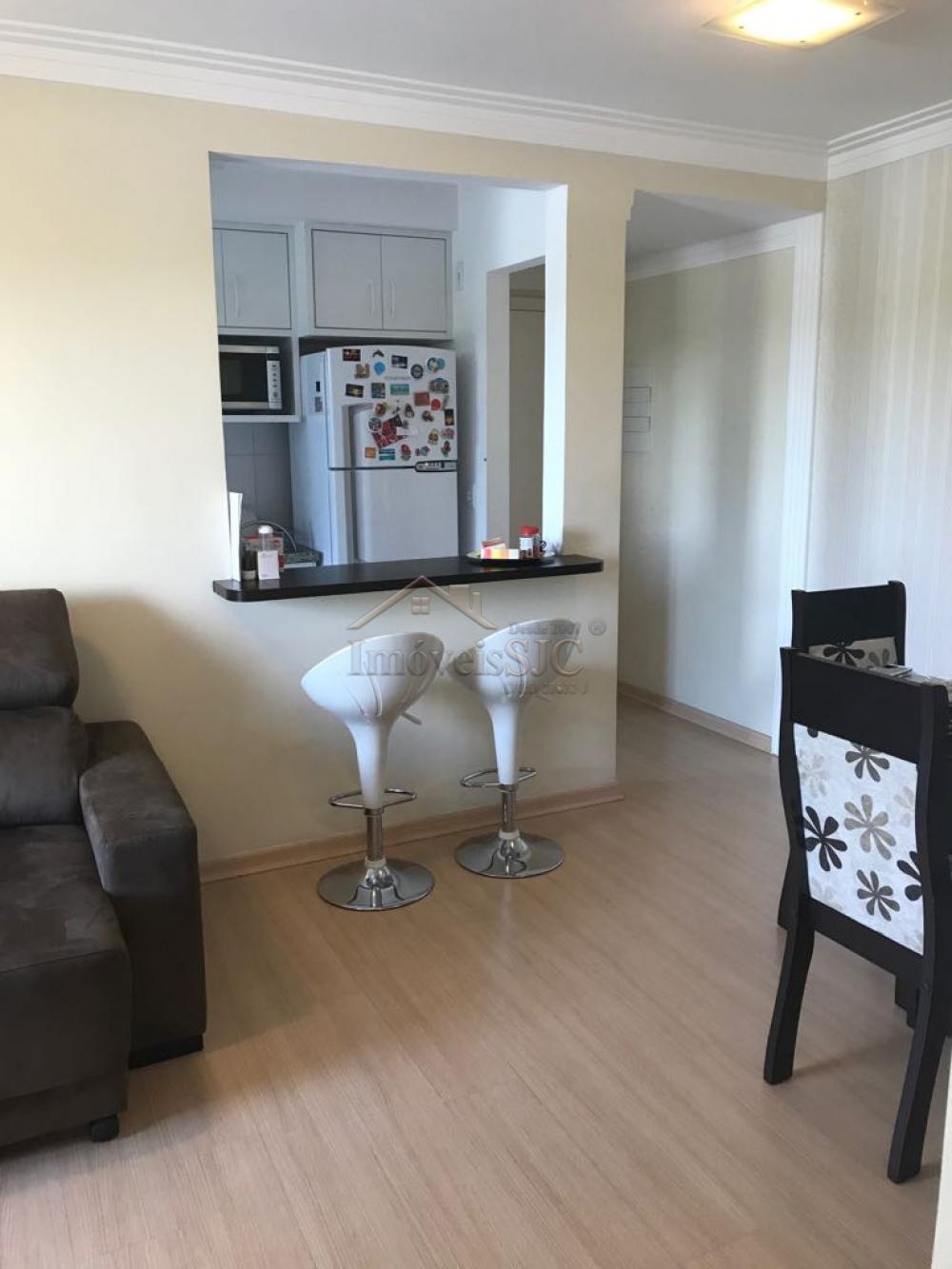 Comprar Apartamentos / Padrão em São José dos Campos apenas R$ 218.000,00 - Foto 3