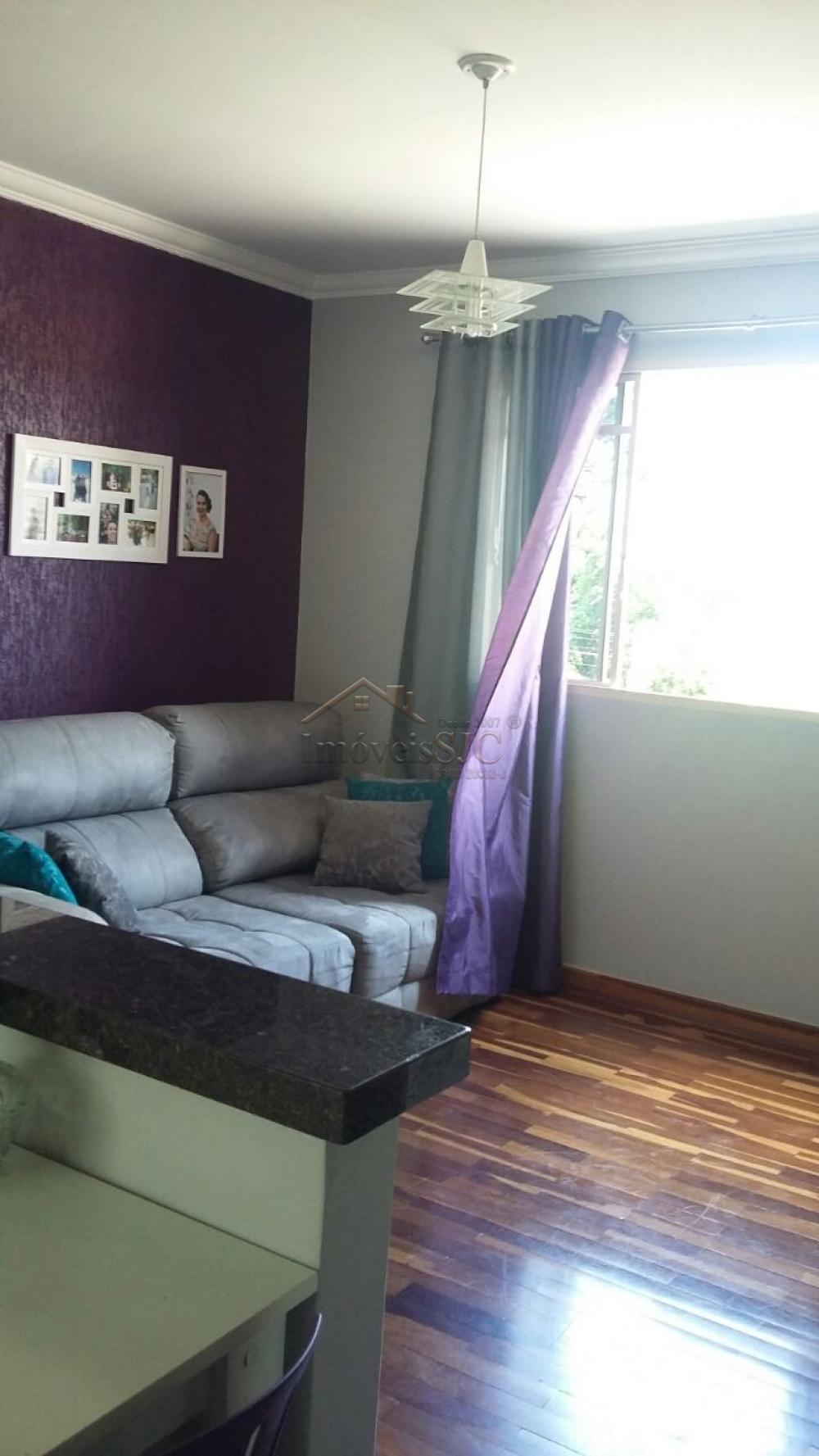Comprar Apartamentos / Padrão em São José dos Campos apenas R$ 245.000,00 - Foto 1