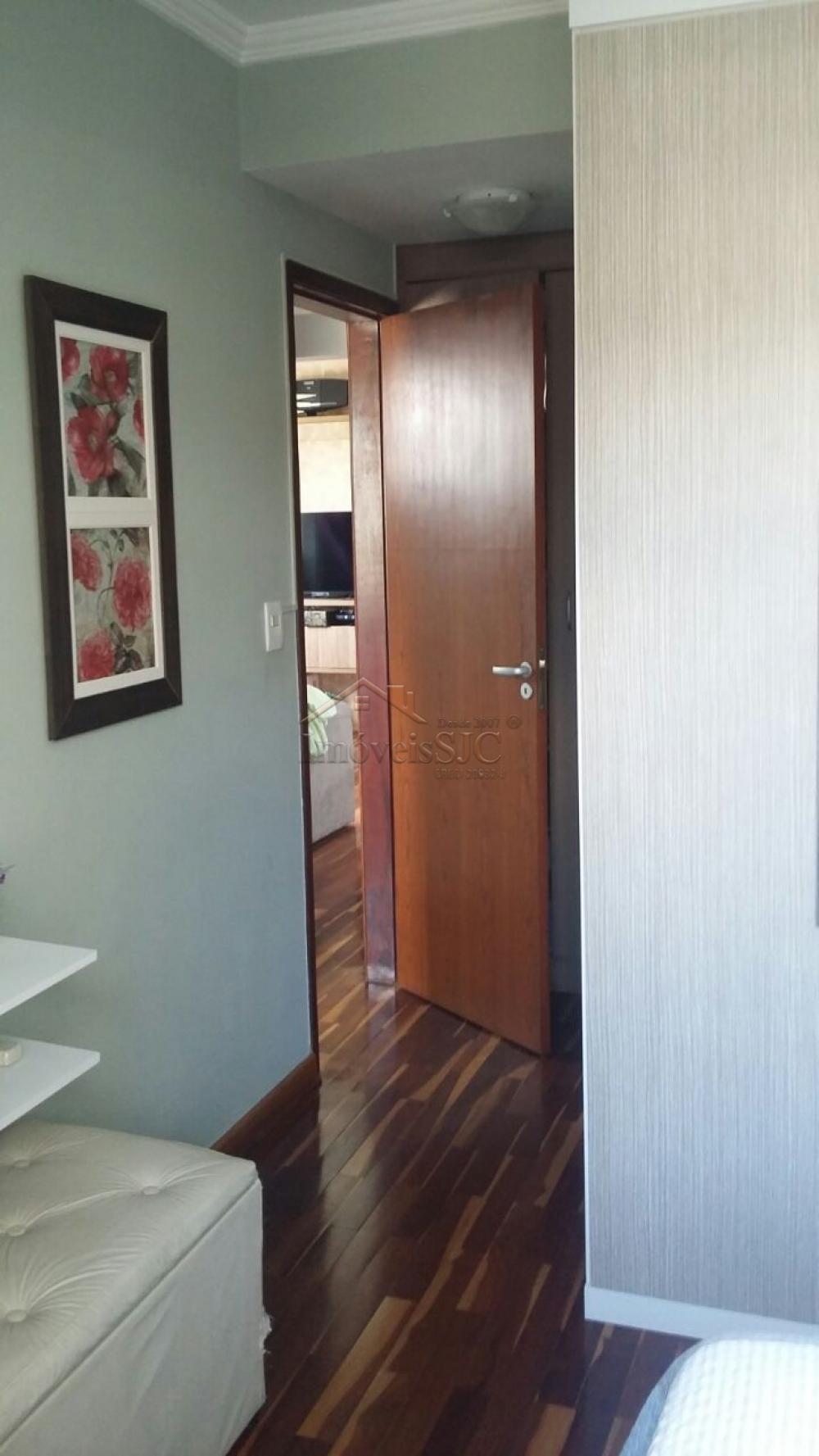 Comprar Apartamentos / Padrão em São José dos Campos apenas R$ 245.000,00 - Foto 2