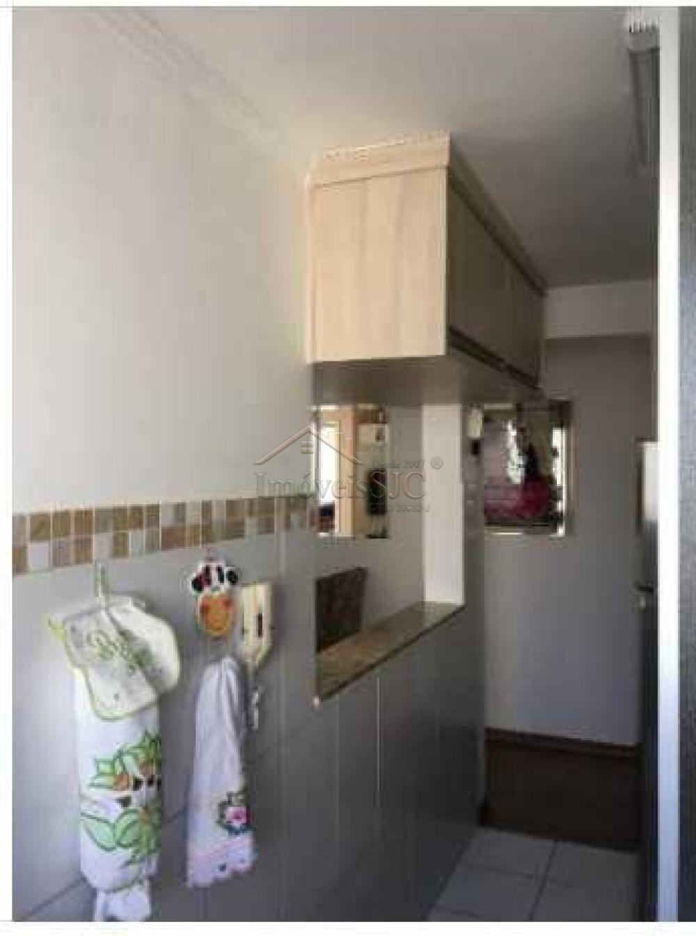 Comprar Apartamentos / Padrão em São José dos Campos apenas R$ 215.000,00 - Foto 11