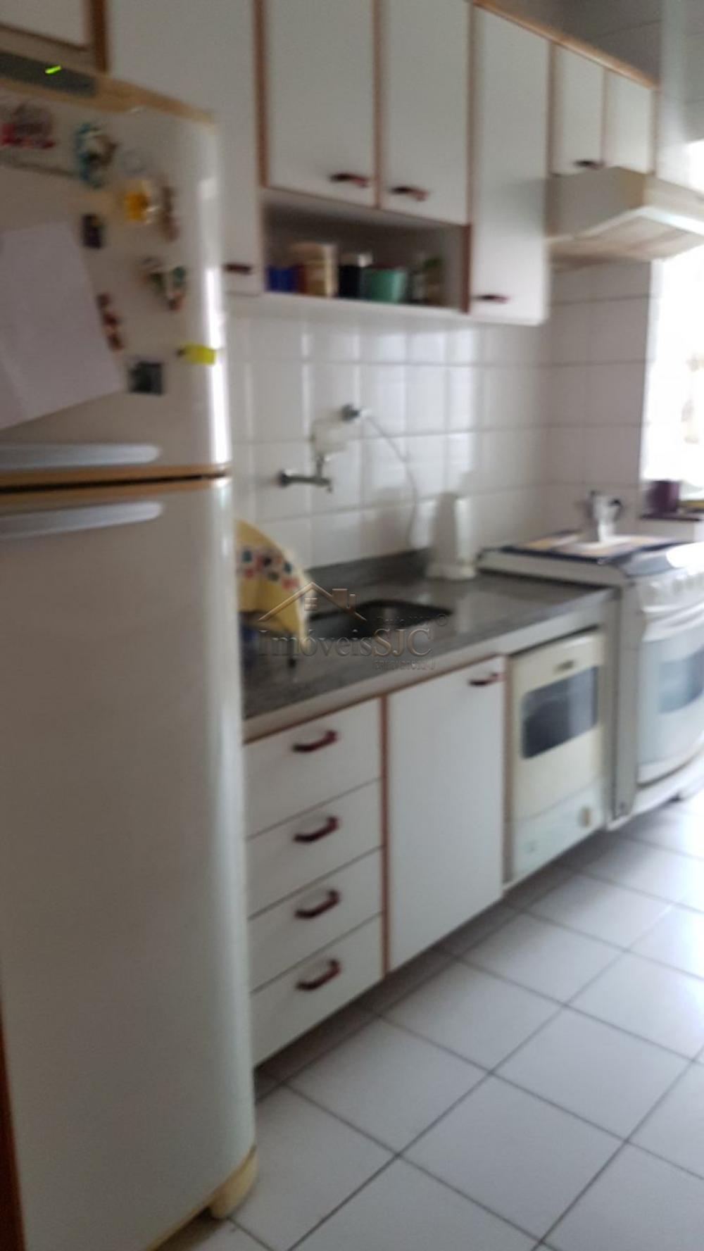 Comprar Apartamentos / Padrão em São José dos Campos apenas R$ 370.000,00 - Foto 5