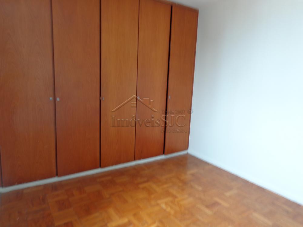 Comprar Apartamentos / Padrão em São José dos Campos apenas R$ 400.000,00 - Foto 13
