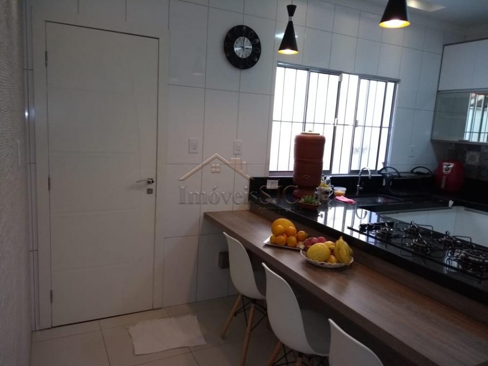 Comprar Casas / Padrão em São José dos Campos apenas R$ 370.000,00 - Foto 3