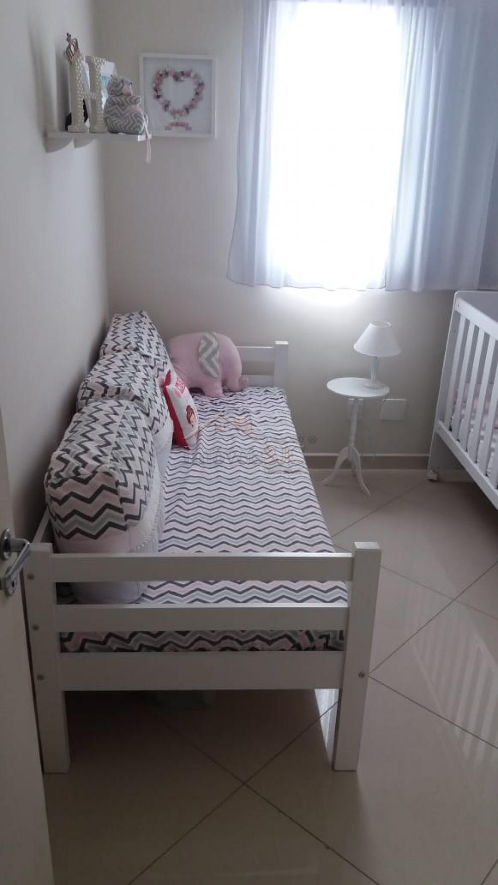 Comprar Apartamentos / Padrão em São José dos Campos apenas R$ 275.000,00 - Foto 9