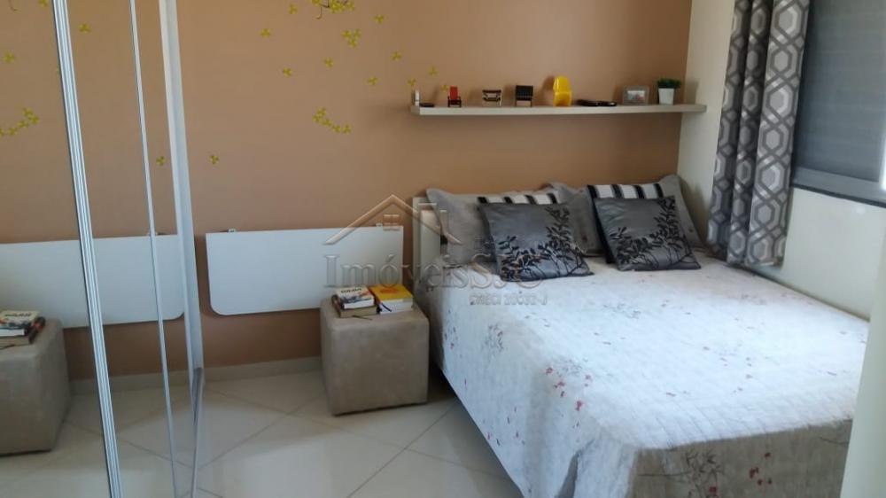 Comprar Apartamentos / Padrão em São José dos Campos apenas R$ 275.000,00 - Foto 10