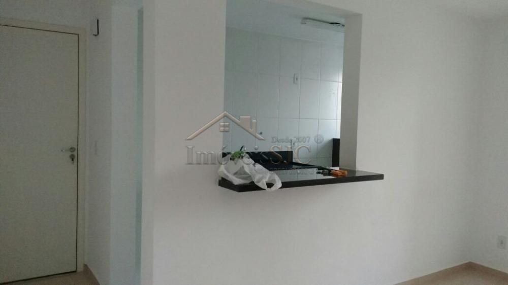 Comprar Apartamentos / Padrão em São José dos Campos apenas R$ 185.000,00 - Foto 2