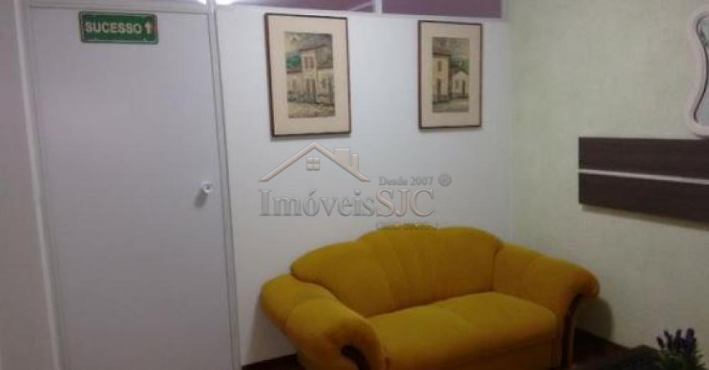 Comprar Apartamentos / Kitchnet em São José dos Campos apenas R$ 190.000,00 - Foto 2
