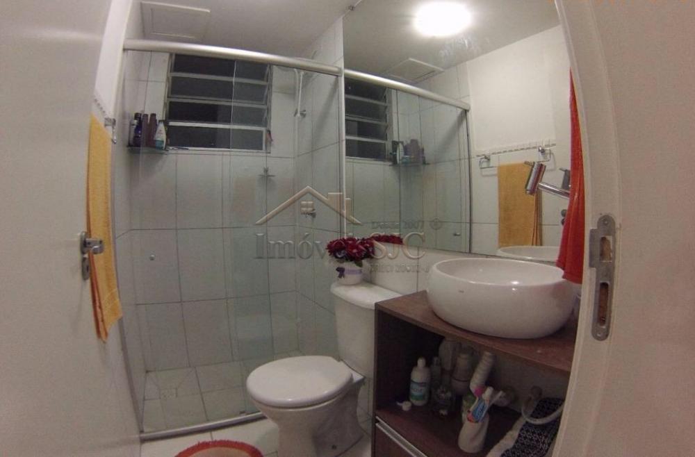 Comprar Apartamentos / Padrão em São José dos Campos apenas R$ 215.000,00 - Foto 5