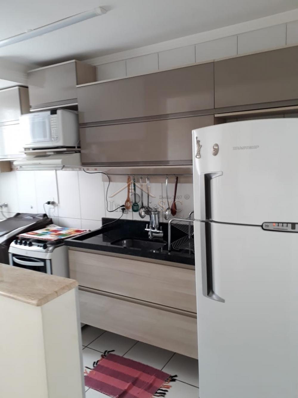 Comprar Apartamentos / Padrão em São José dos Campos apenas R$ 235.000,00 - Foto 4