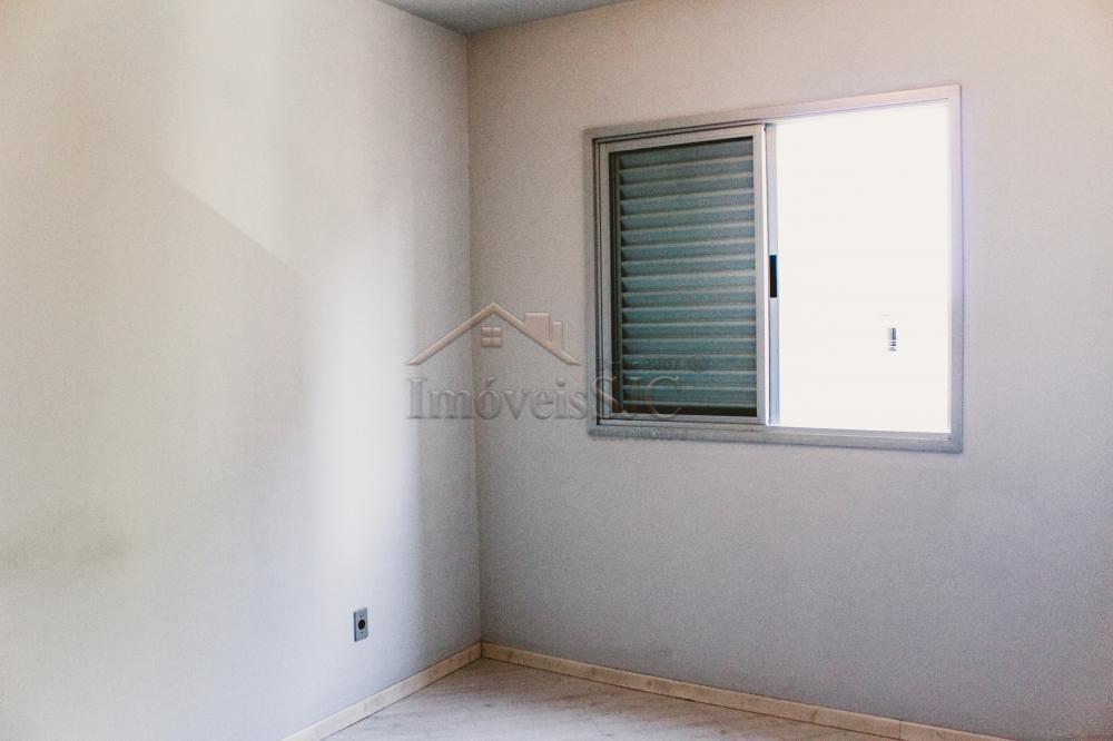 Comprar Apartamentos / Padrão em São José dos Campos apenas R$ 375.000,00 - Foto 8