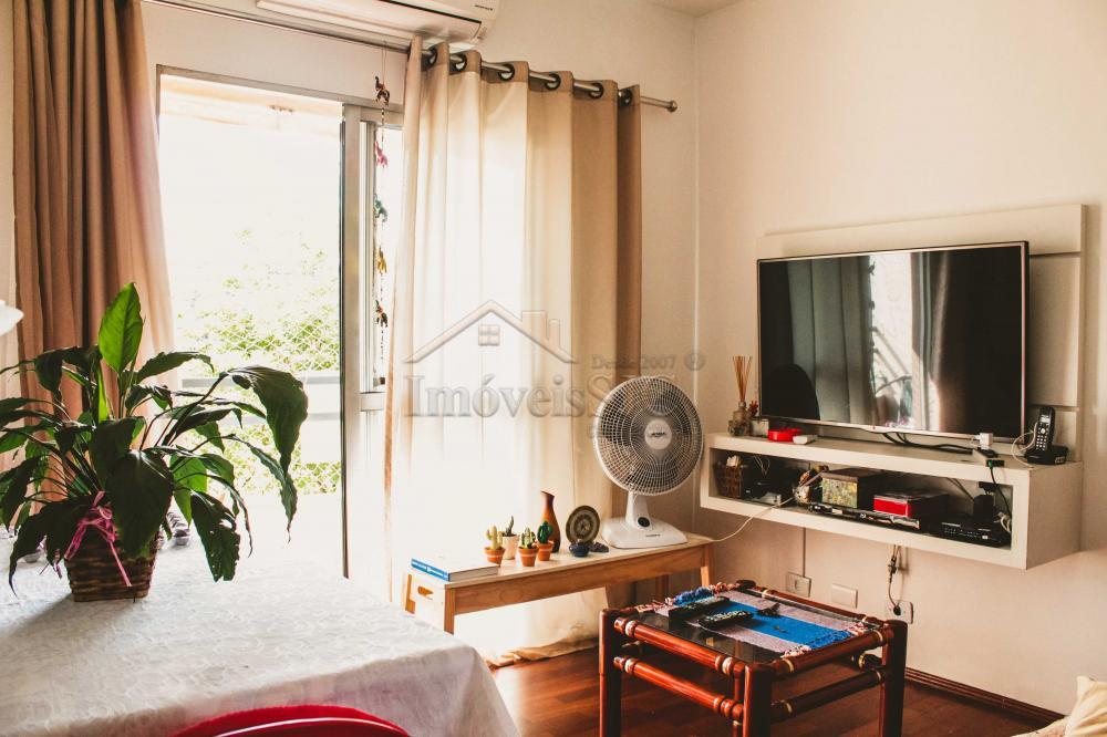 Comprar Apartamentos / Padrão em São José dos Campos apenas R$ 212.000,00 - Foto 2