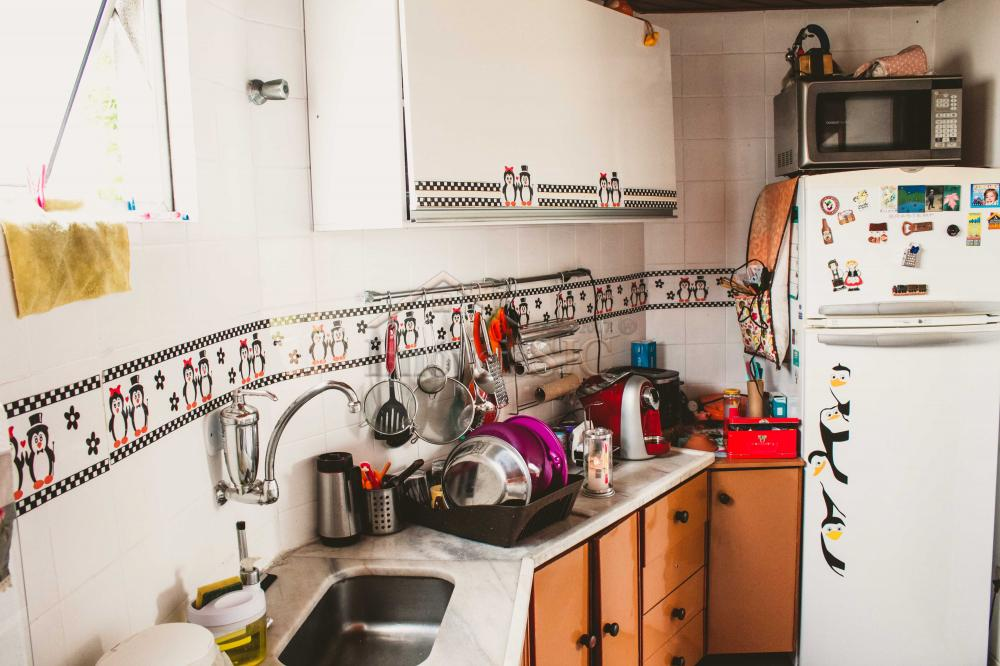 Comprar Apartamentos / Padrão em São José dos Campos apenas R$ 212.000,00 - Foto 12
