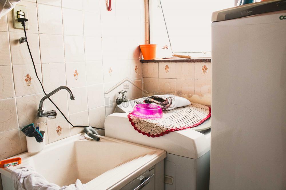 Comprar Apartamentos / Padrão em São José dos Campos apenas R$ 212.000,00 - Foto 14