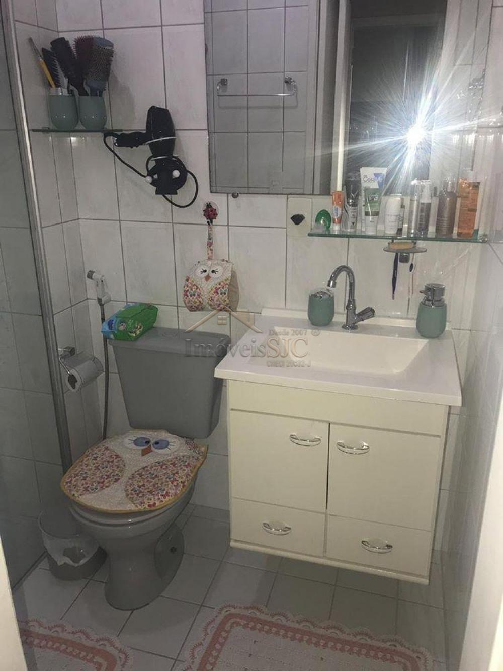 Comprar Apartamentos / Padrão em São José dos Campos apenas R$ 220.000,00 - Foto 10