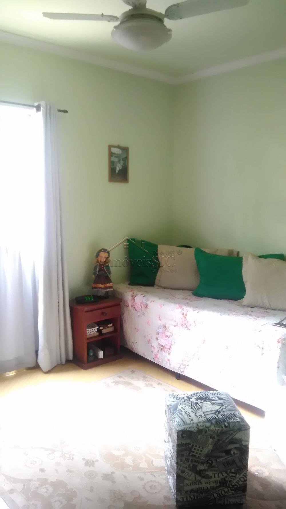 Comprar Apartamentos / Padrão em São José dos Campos apenas R$ 320.000,00 - Foto 4