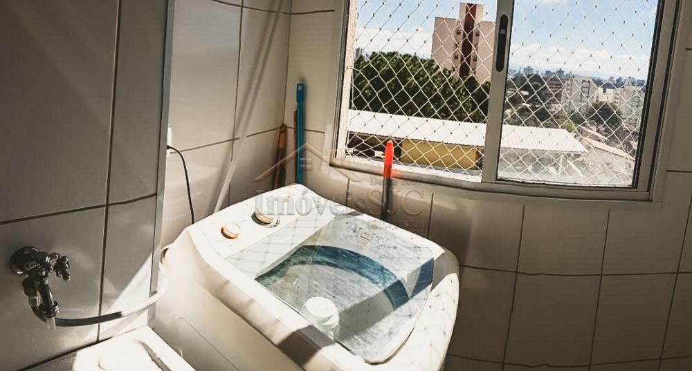 Comprar Apartamentos / Padrão em São José dos Campos apenas R$ 260.000,00 - Foto 4