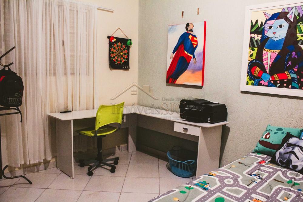 Comprar Casas / Padrão em São José dos Campos apenas R$ 450.000,00 - Foto 17