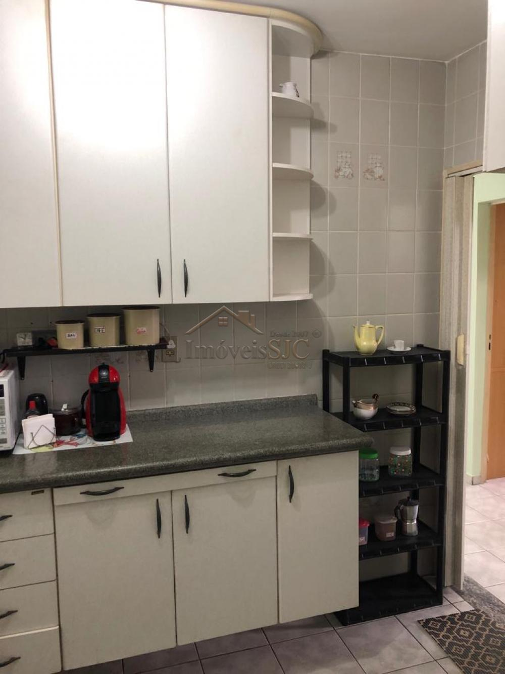 Comprar Apartamentos / Padrão em São José dos Campos apenas R$ 179.000,00 - Foto 3