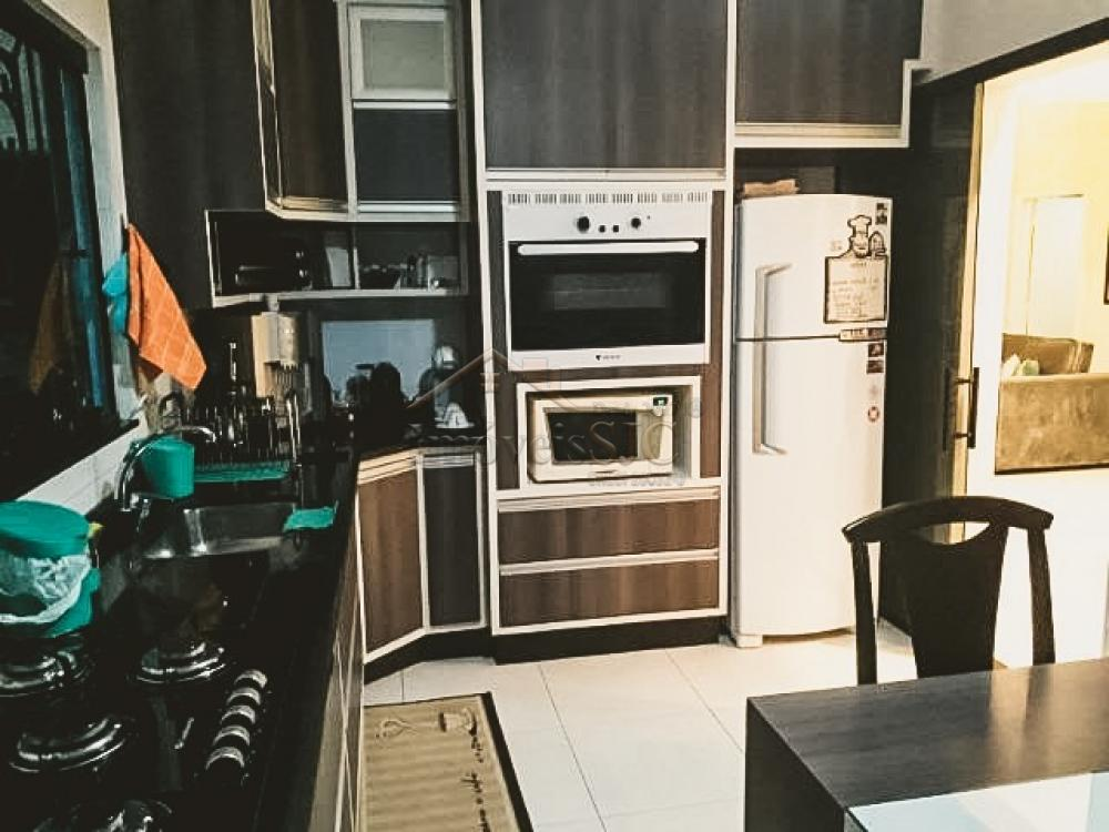 Comprar Casas / Padrão em São José dos Campos apenas R$ 658.000,00 - Foto 1