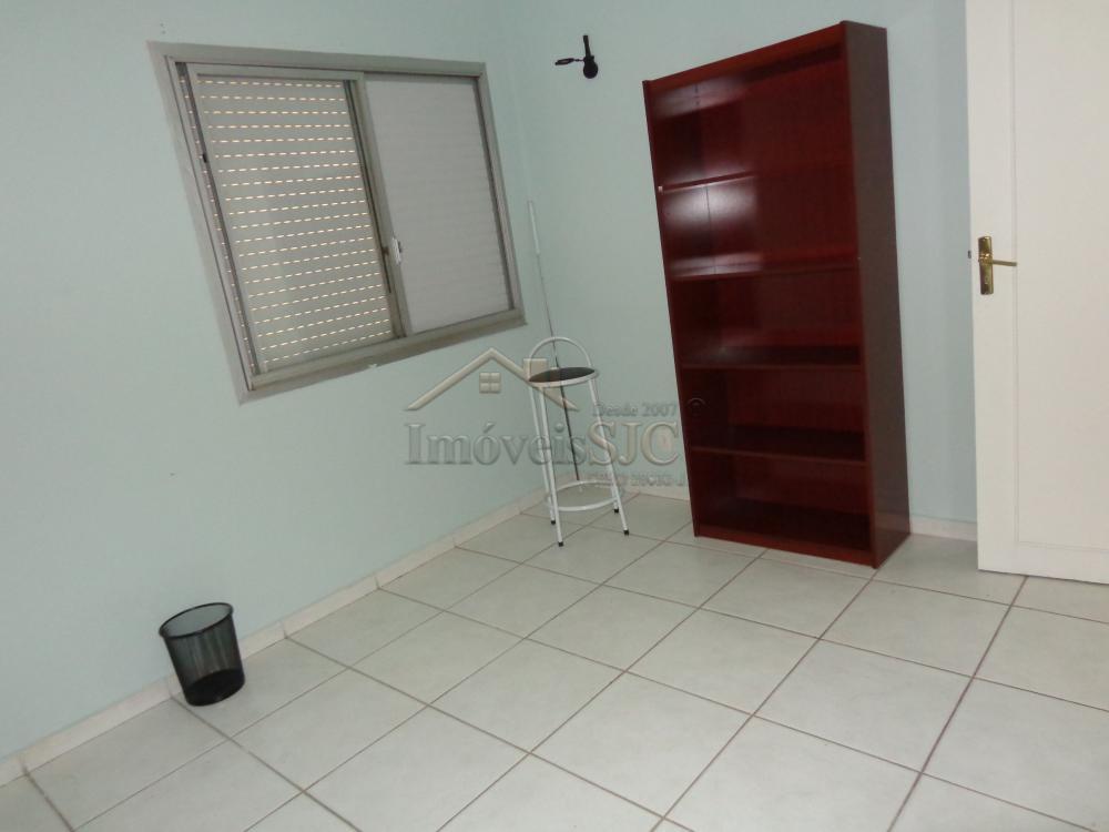 Comprar Apartamentos / Padrão em São José dos Campos apenas R$ 330.000,00 - Foto 14