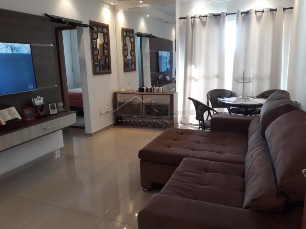 Comprar Apartamentos / Padrão em São José dos Campos apenas R$ 295.000,00 - Foto 1