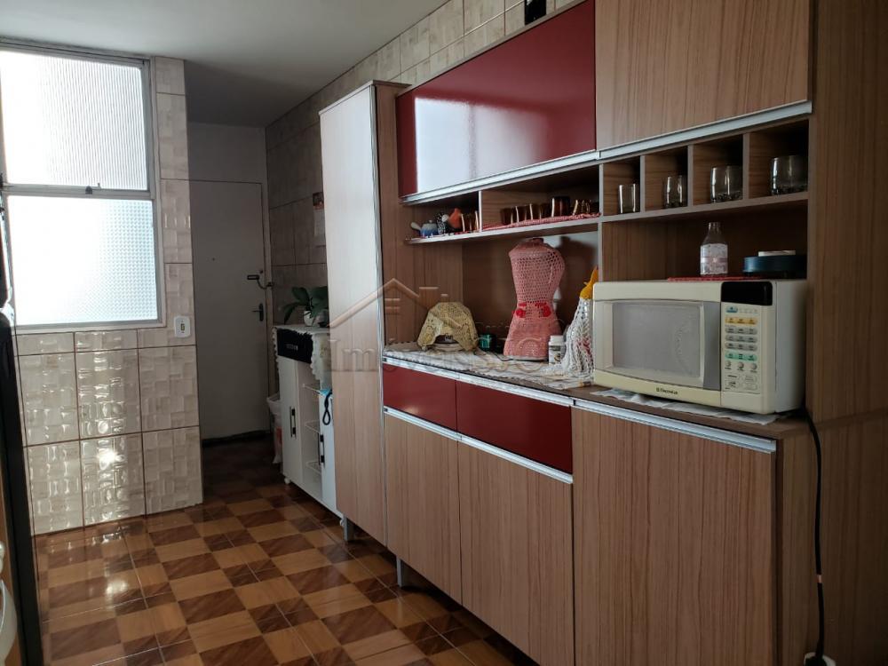 Comprar Apartamentos / Padrão em São José dos Campos apenas R$ 450.000,00 - Foto 20