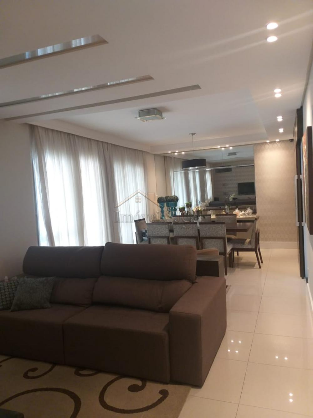 Comprar Apartamentos / Padrão em São José dos Campos apenas R$ 820.000,00 - Foto 3