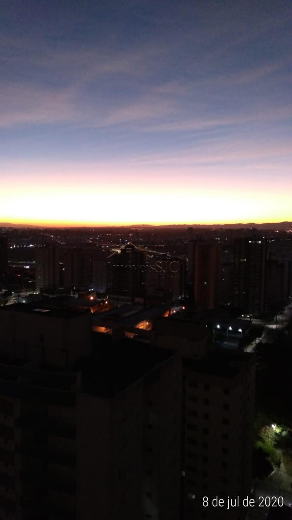 Comprar Apartamentos / Padrão em São José dos Campos apenas R$ 440.000,00 - Foto 1