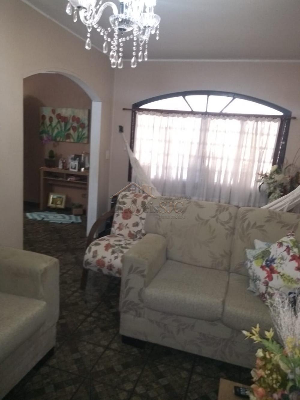 Comprar Casas / Padrão em São José dos Campos apenas R$ 375.000,00 - Foto 1