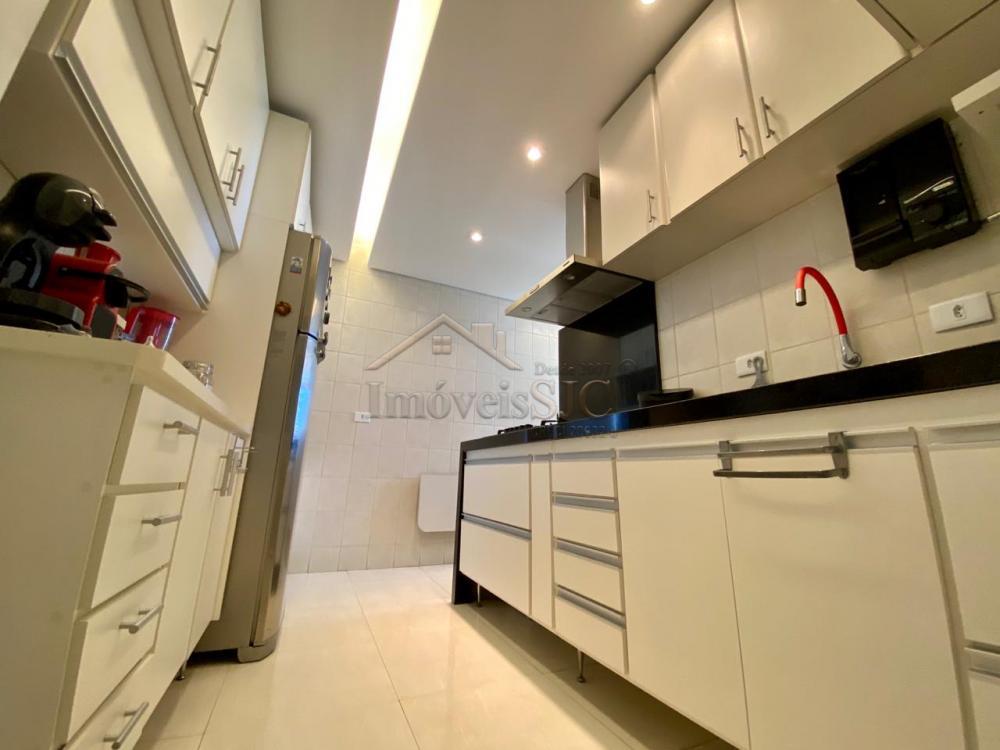 Comprar Apartamentos / Padrão em São José dos Campos apenas R$ 372.000,00 - Foto 12