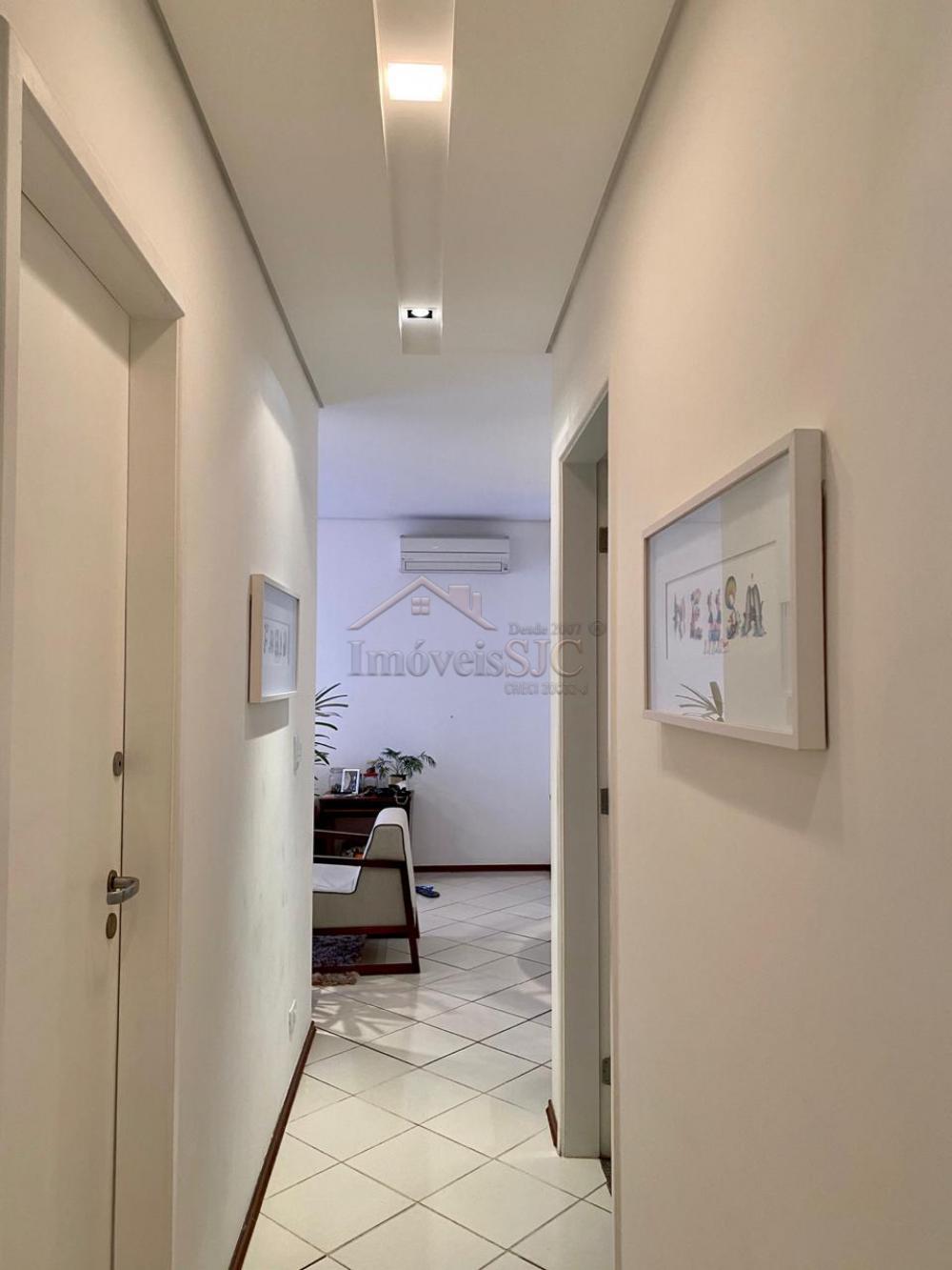 Comprar Apartamentos / Padrão em São José dos Campos apenas R$ 372.000,00 - Foto 14