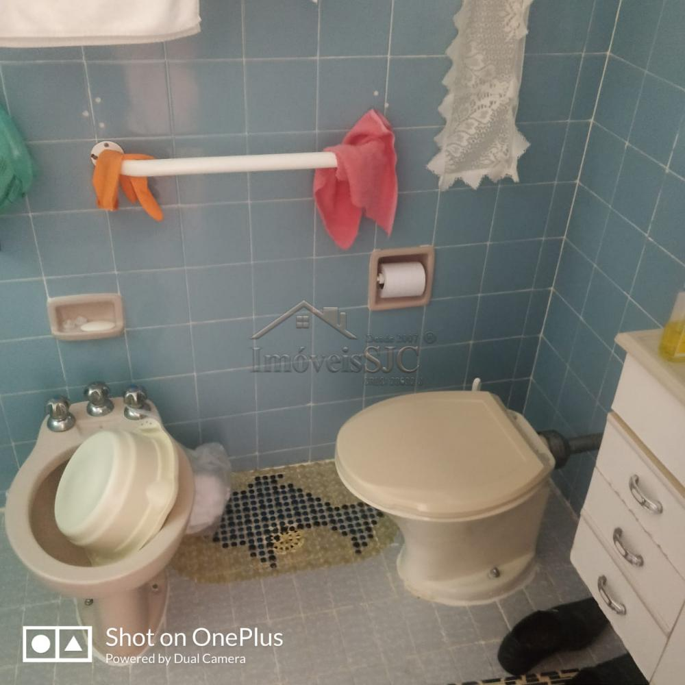 Comprar Apartamentos / Padrão em São José dos Campos apenas R$ 223.000,00 - Foto 12