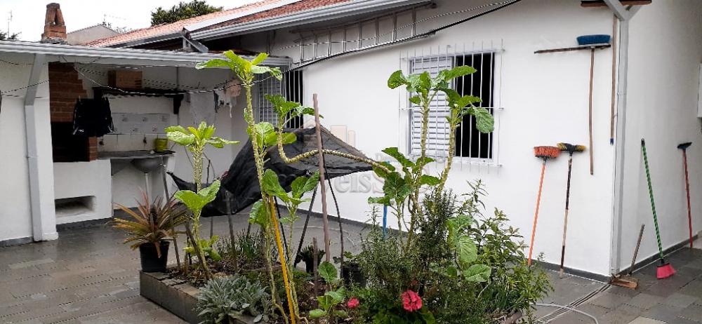 Comprar Casas / Padrão em São José dos Campos apenas R$ 450.000,00 - Foto 4
