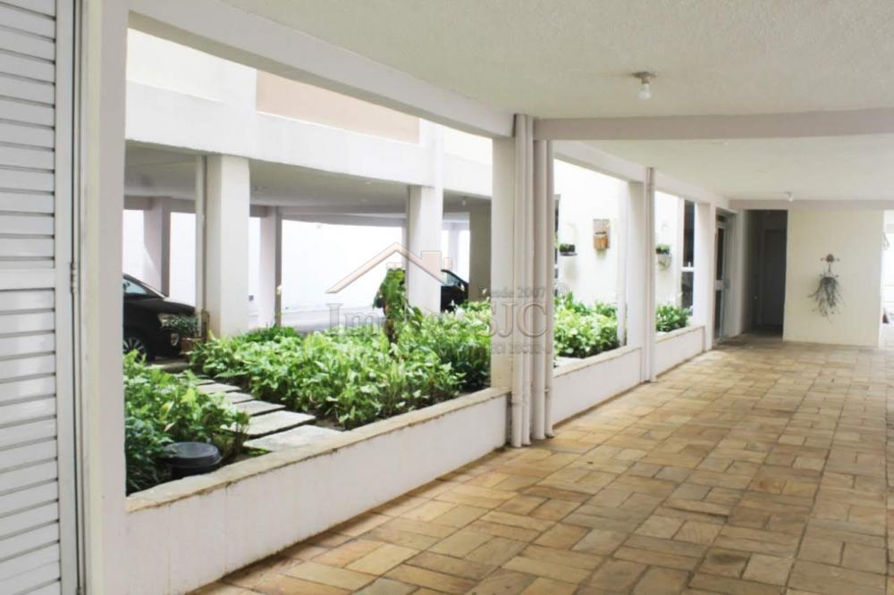 Comprar Apartamentos / Padrão em São José dos Campos apenas R$ 298.000,00 - Foto 15