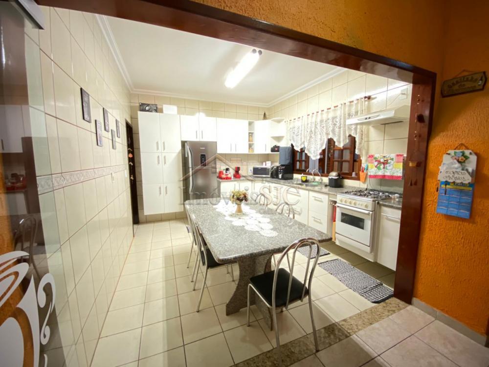 Comprar Casas / Padrão em São José dos Campos apenas R$ 420.000,00 - Foto 8