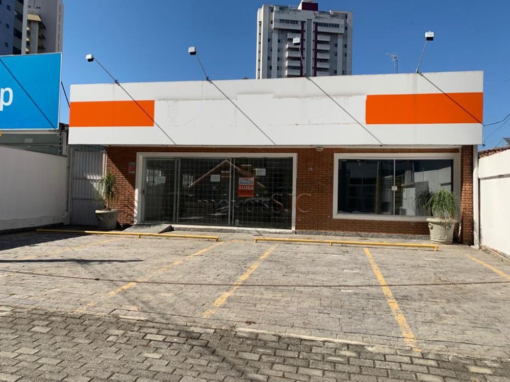 Alugar Casas / Padrão em São José dos Campos apenas R$ 4.000,00 - Foto 1
