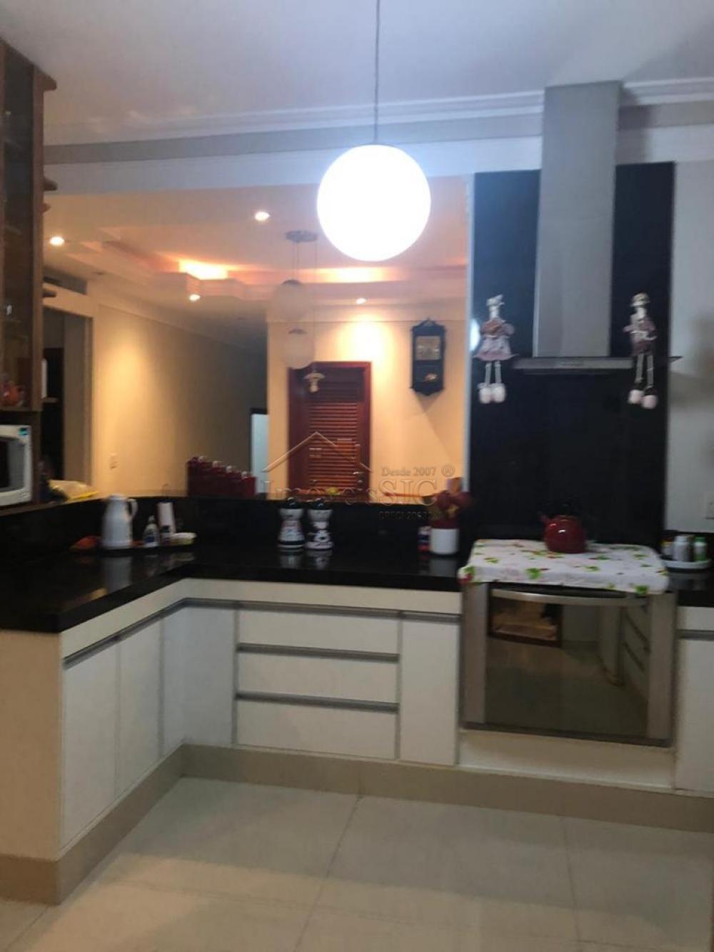 Comprar Casas / Condomínio em São José dos Campos apenas R$ 850.000,00 - Foto 18