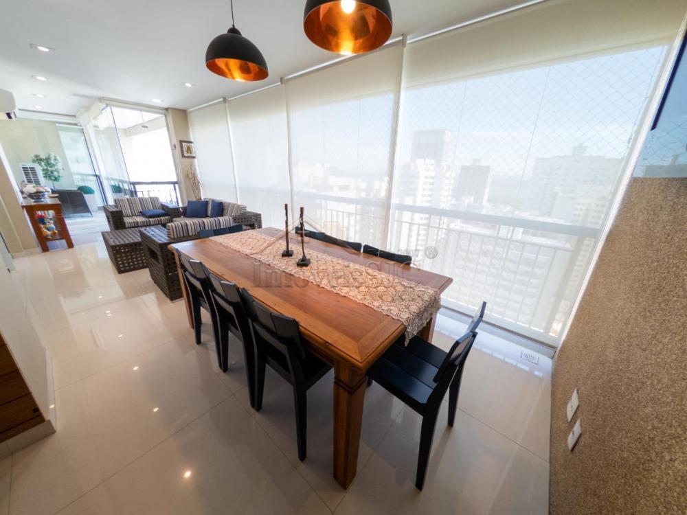 Comprar Apartamentos / Padrão em São José dos Campos R$ 1.780.000,00 - Foto 3