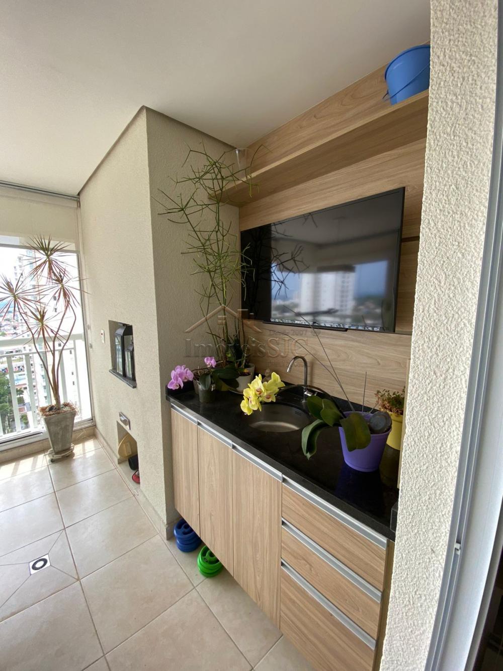 Comprar Apartamentos / Padrão em São José dos Campos R$ 560.000,00 - Foto 2