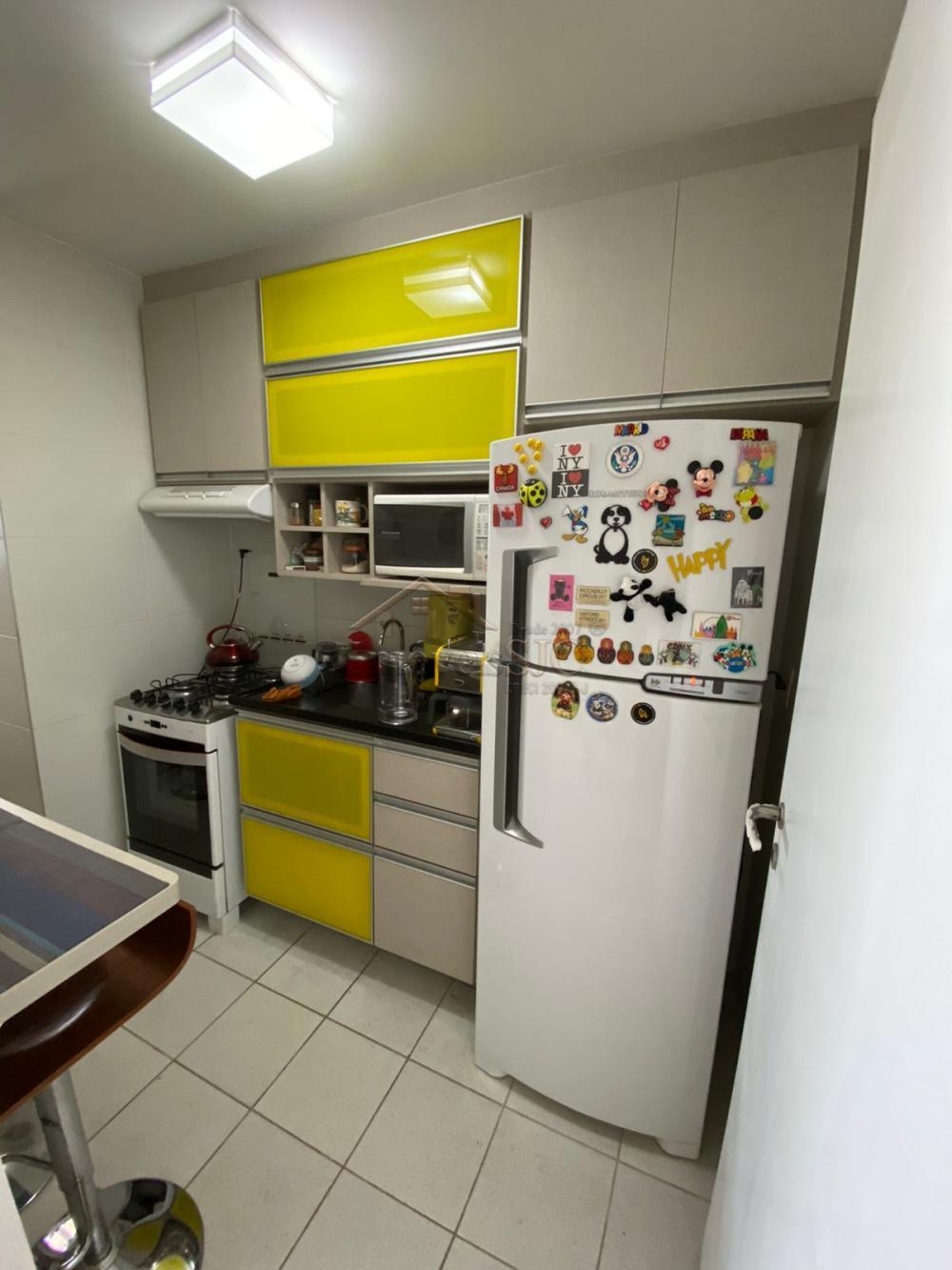 Comprar Apartamentos / Padrão em São José dos Campos R$ 560.000,00 - Foto 9